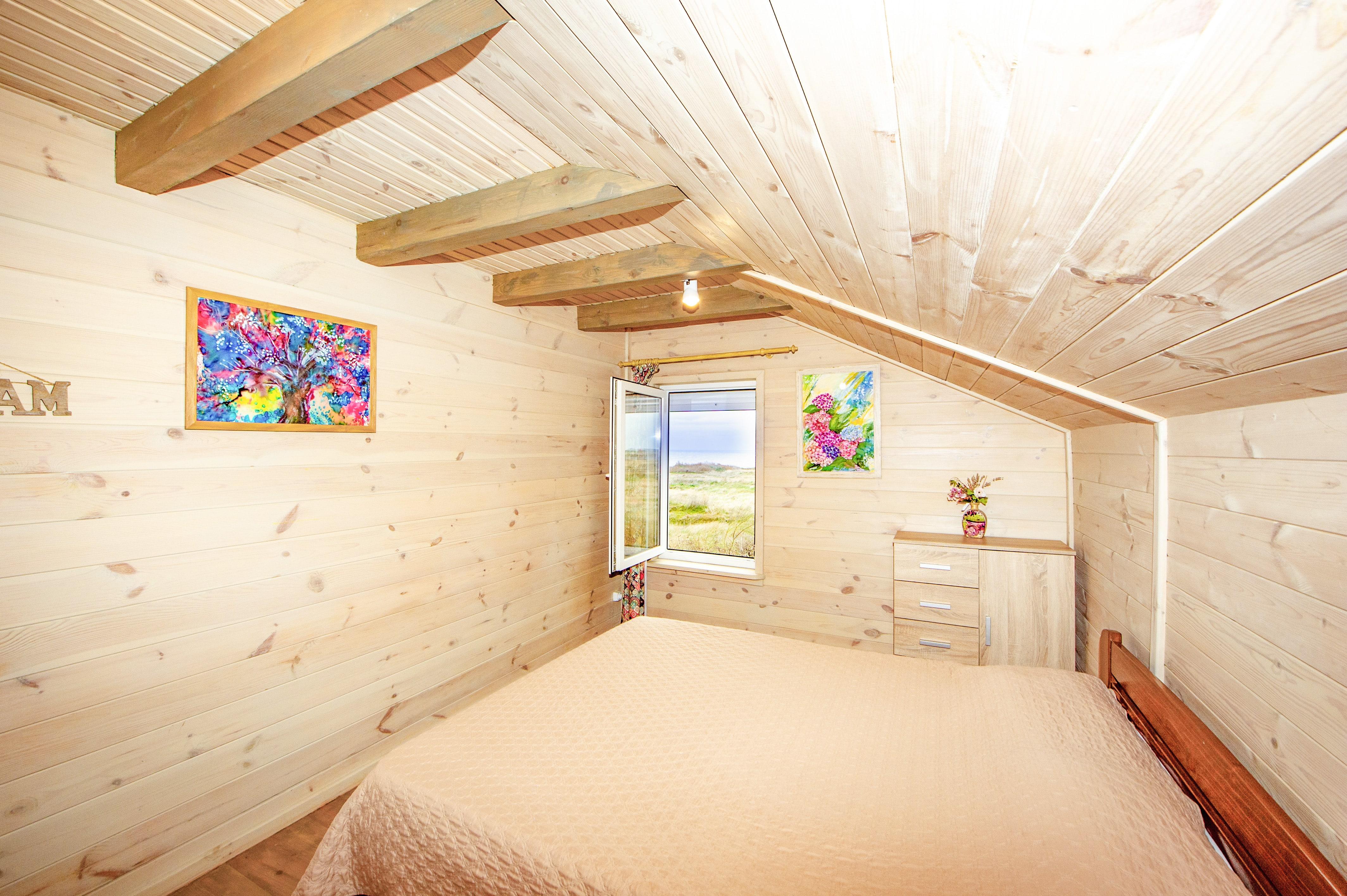 Спальня дома Семейный Люкс с видом на море